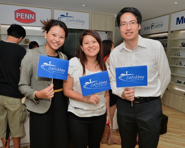 (L-R) Tang Yingchun, Manager for Strategy at Consulus, who led the project, Doris Toh, CEO at SCW and Lawrence Chong, CEO at Consulus